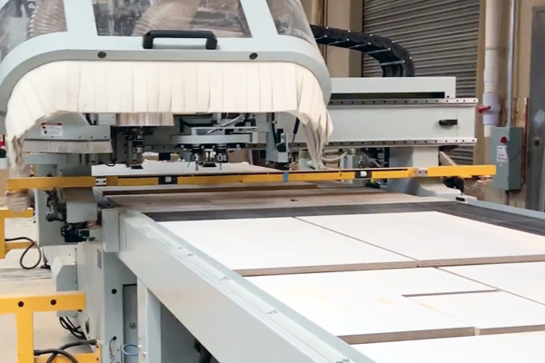 Industrial CNC Routing Machines For Cabinet Doors & Drawer Fronts